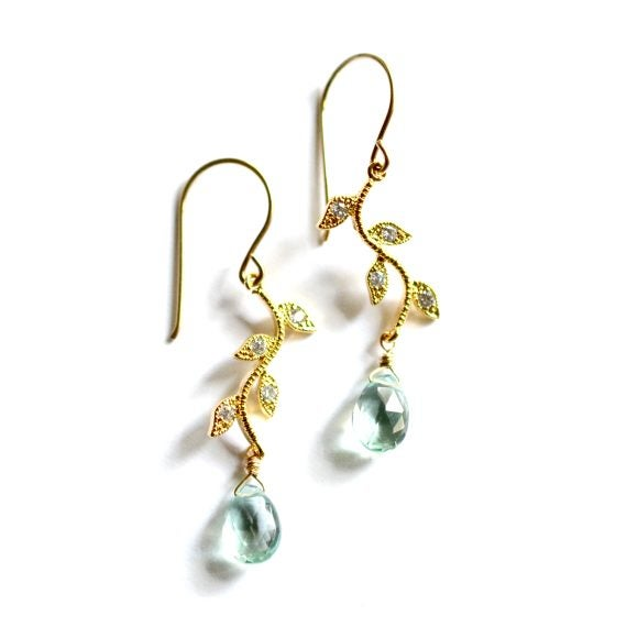 Image of Vine earrings in gold or silver
