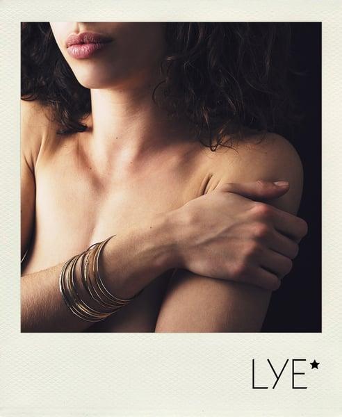 Image of Bracelets martelés par 4