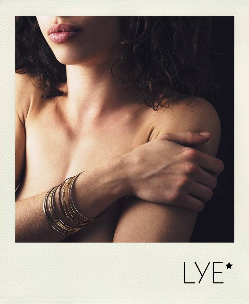 Image of Bracelets martelés par 12