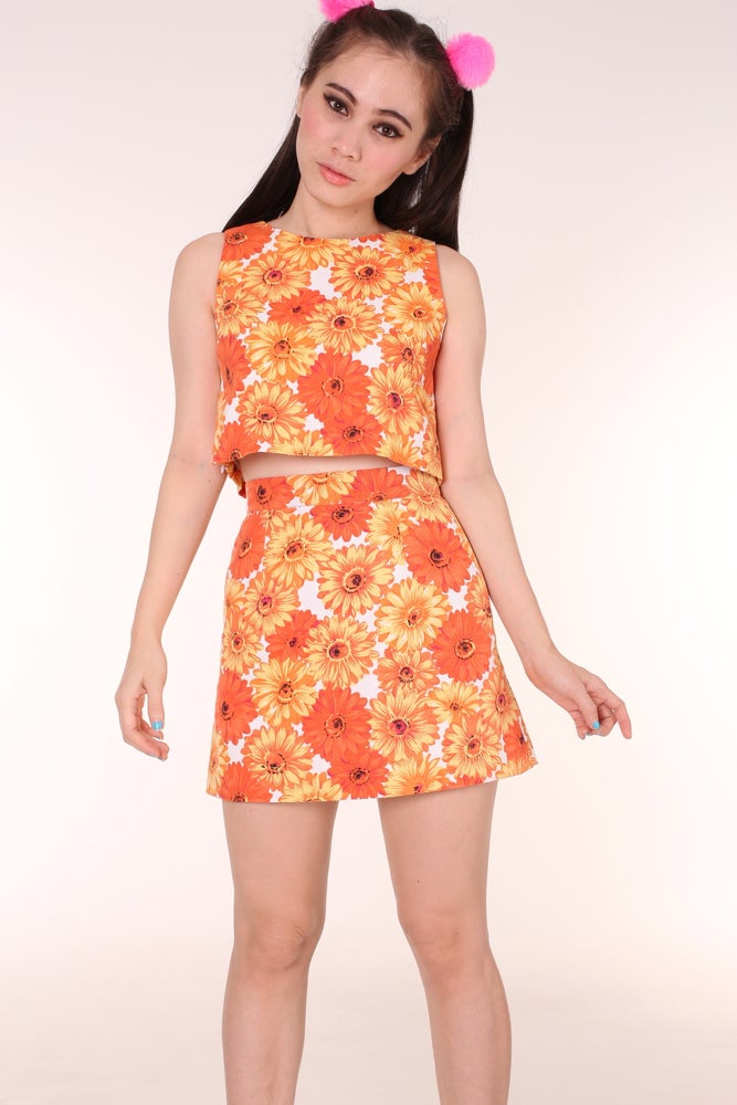 Image of  Kendra Orange Floral Set