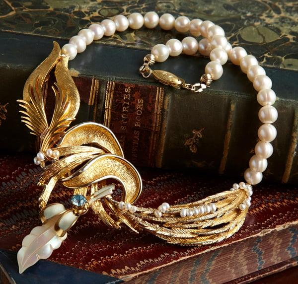 Estella Vintage Goldtone Necklace - Laura Pettifar Designs