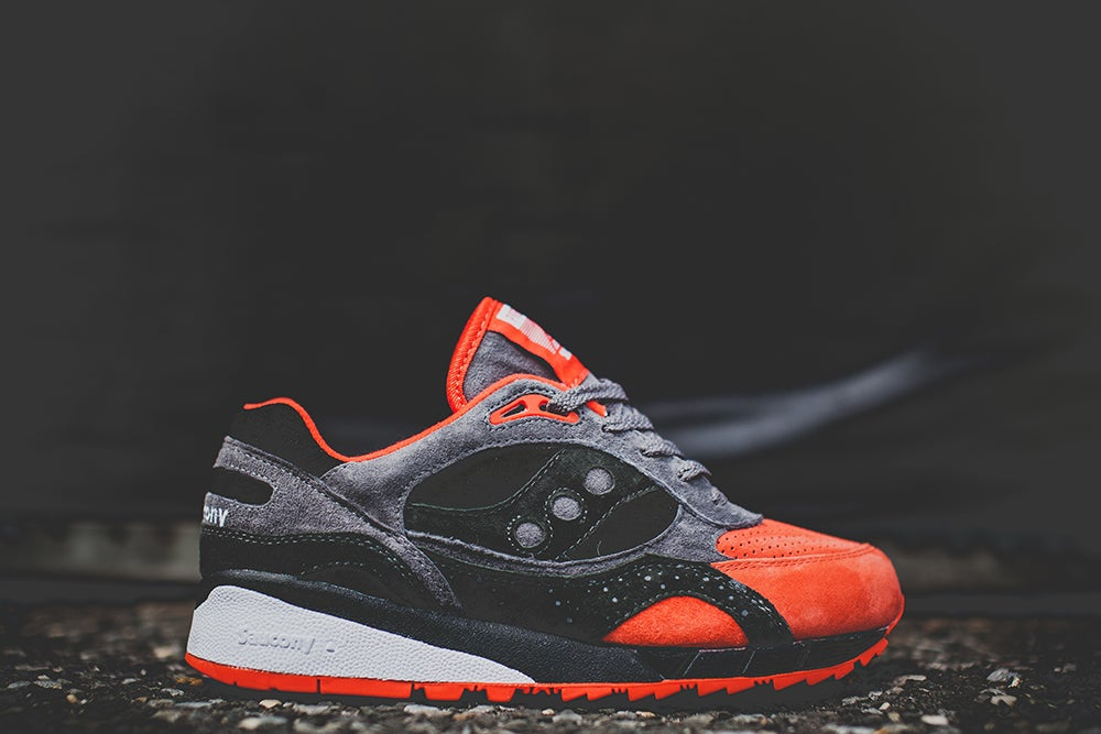 "Image of Saucony Shadow 6000 x Premier ""Life On Mars"" Grey/Red 70148-1"