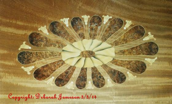 Image of Item No. 708. Spider Fan Design.