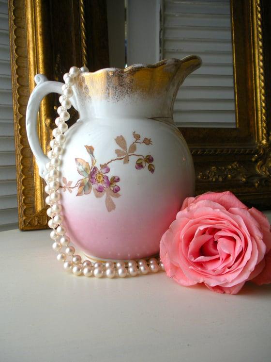 Image of Ironstone fleur