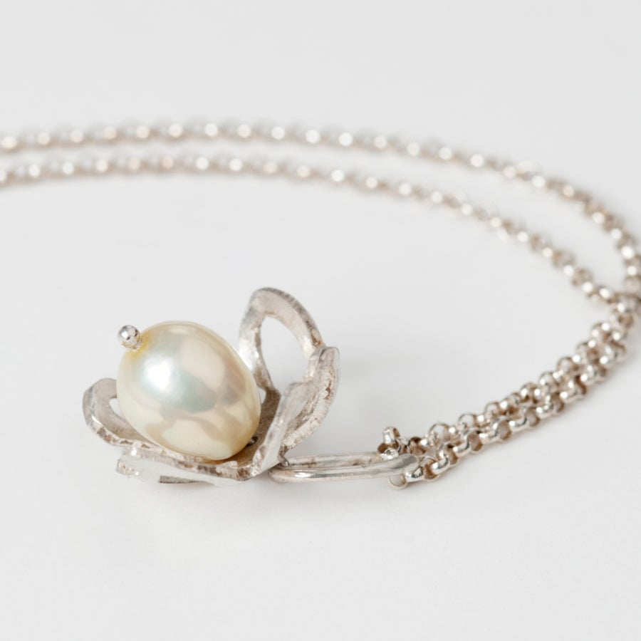 Image of Botanical Pearl Fiori Charm Necklace