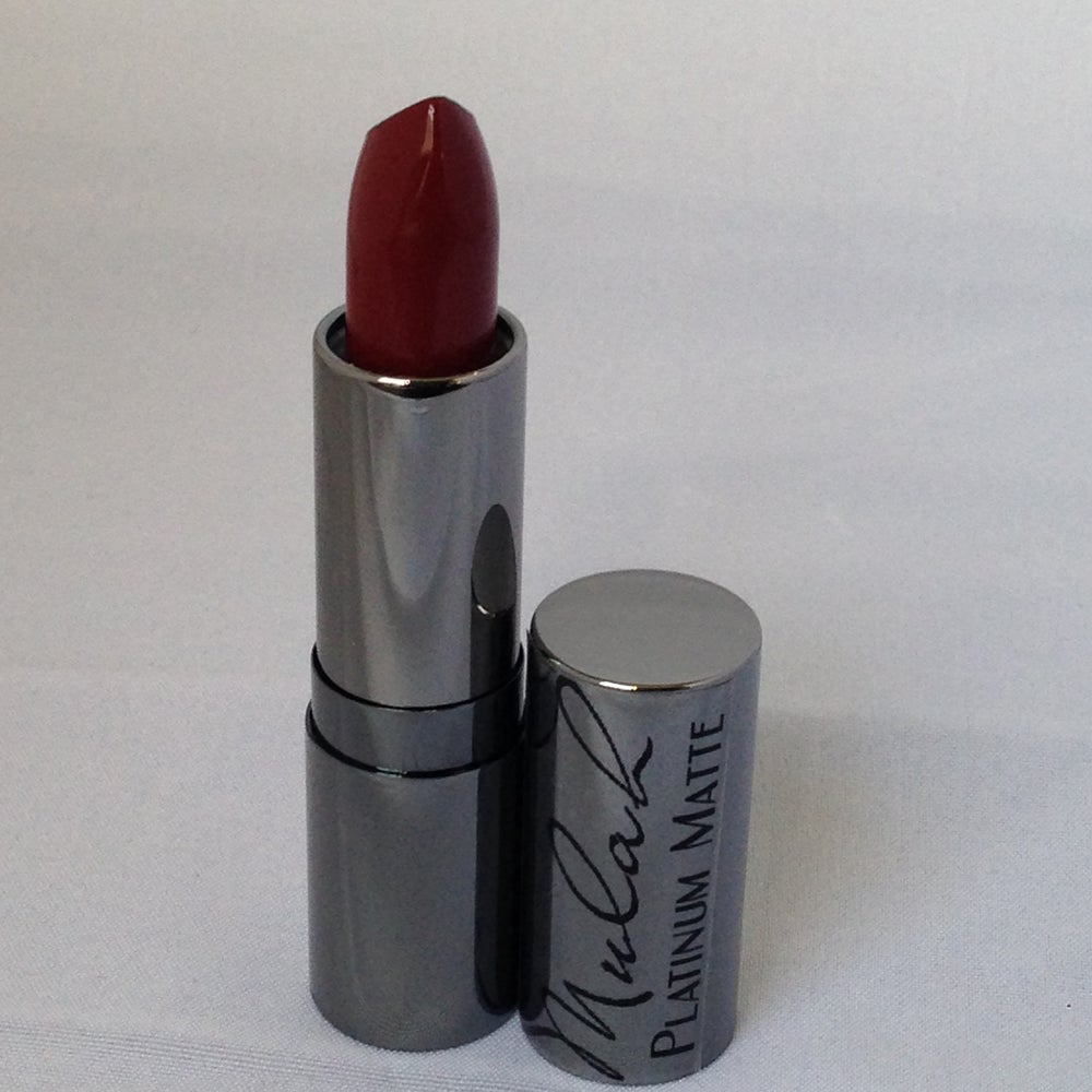 Naomi - Luxury Velvet Matte Lip Color