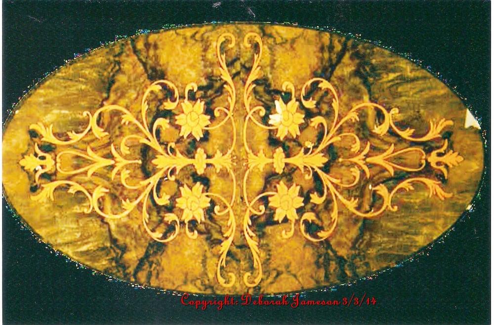 Image of Item 210. Large Seaweed Design.