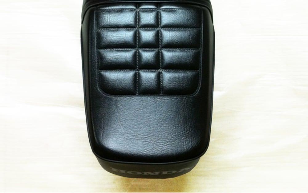 Image of Honda CG125 Black Front & Rear Seat ASSY 1994-Present