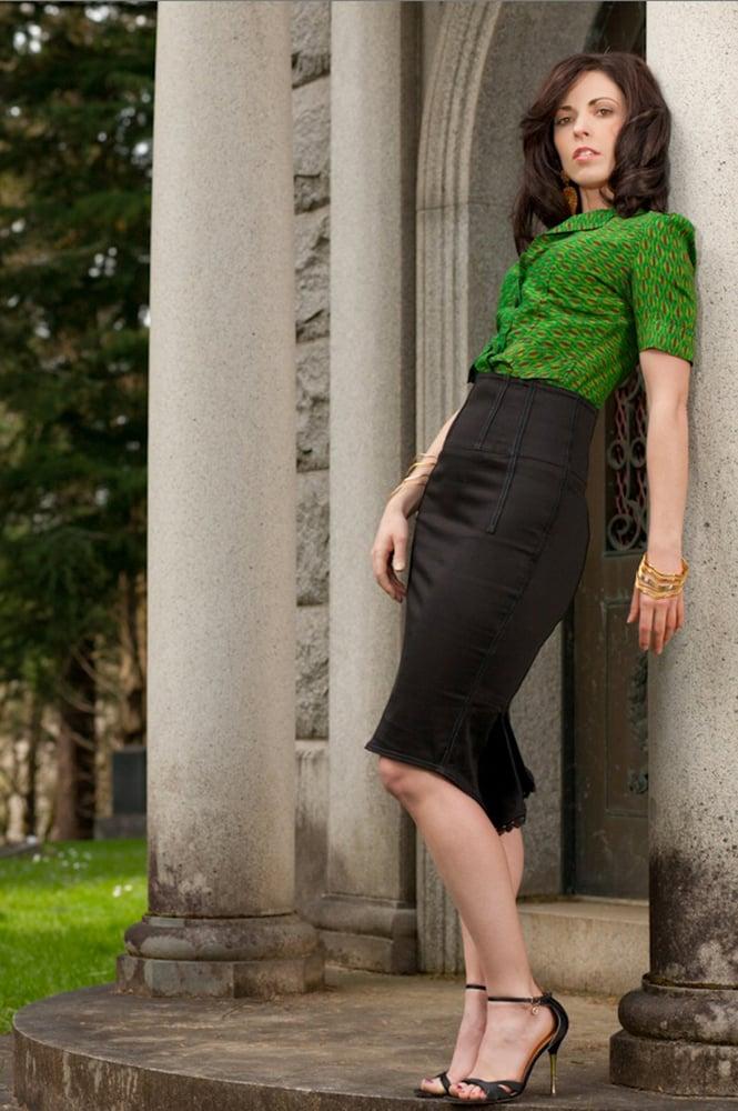 Image of Black High Waist Pencil Skirt