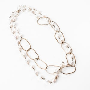 Image of Long Pearl with Large Hammered Links