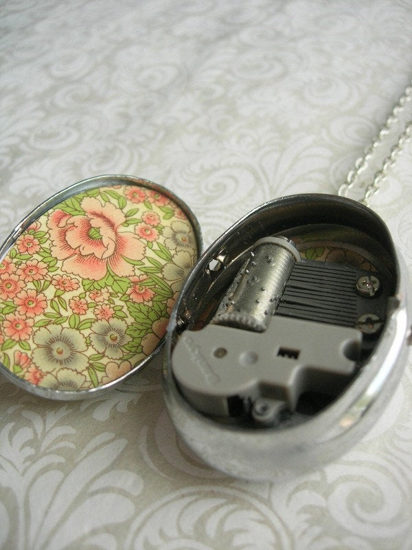 Image of Cameo Music Box Locket - Unicorn in a Rose Garden