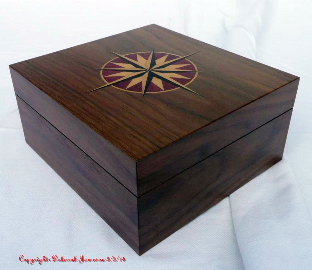 Image of Item No. 130. Star Box.