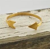 Image of K'aa' - Vintage Brass Arrow Bangle Bracelet