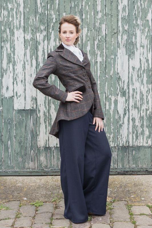 Image of Miss Agnes Tweed long line swing jacket