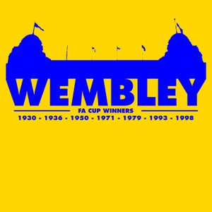 Image of Wembley (red, daisy, white)
