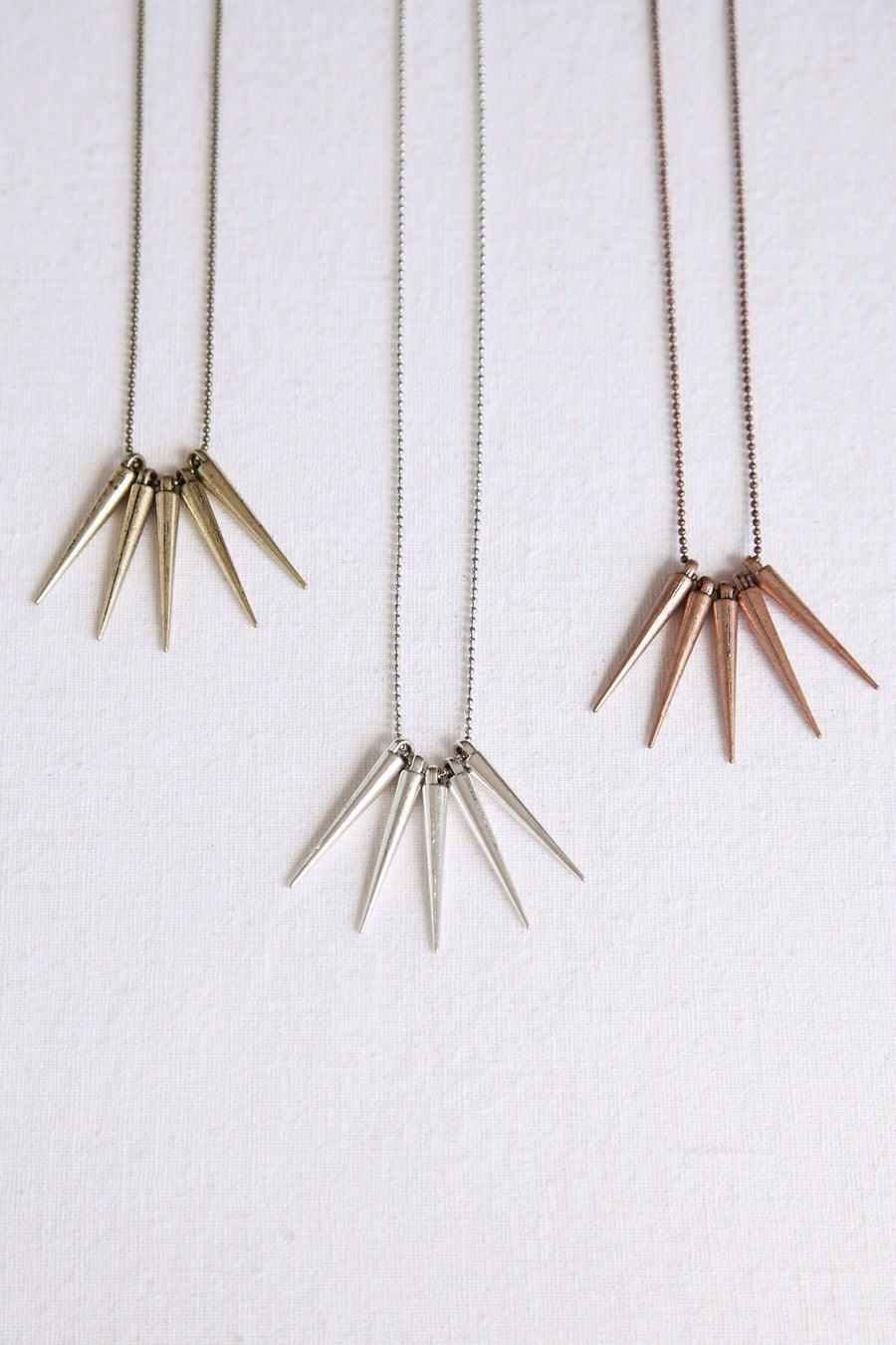 Image of The dainty spikes necklace//