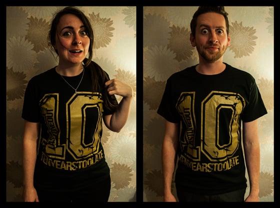 Image of 10 Tee