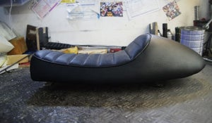 Image of Cafe Racer Honda CG125 Seat