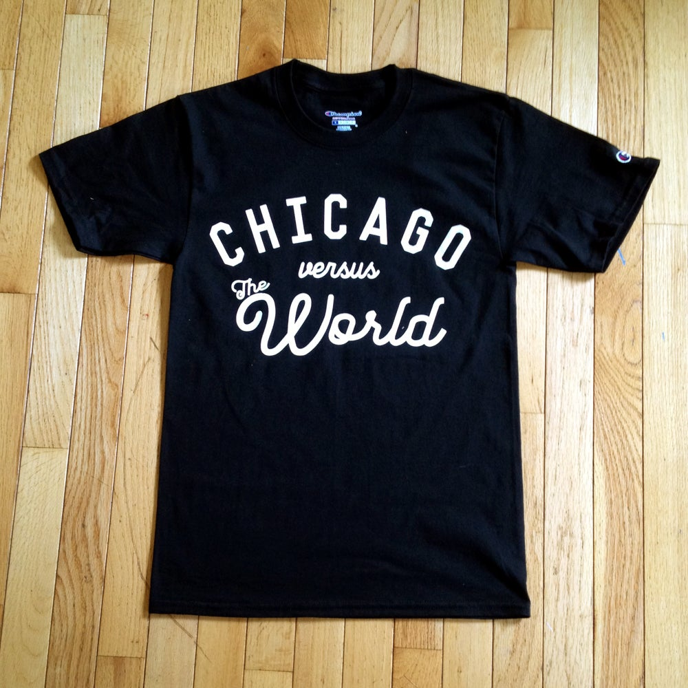 Image of HOMECOMING EXHIBIT A: CHICAGO VS THE WORLD TEE (BLACK)
