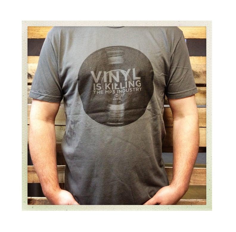 """Vinyl is Killing the MP3 Industry"" T-Shirt (Dark Grey)"