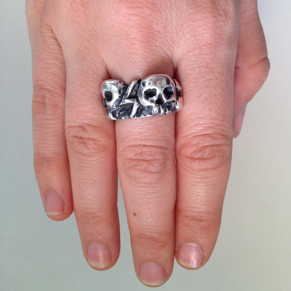 Image of The Thunder Bolt Skull Ring