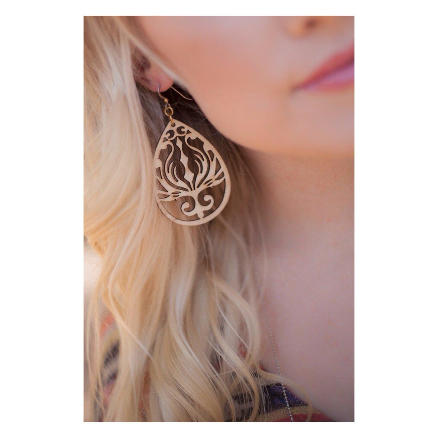 Image of The beach goddess earrings//