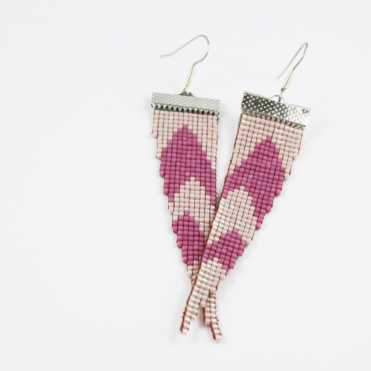 Image of Flamenco // Loom-beaded Earrings