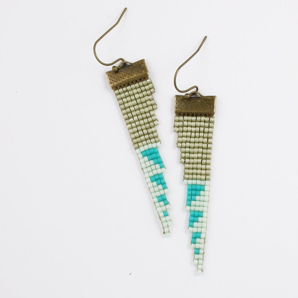 Image of Lionfish // Loom-beaded Earrings