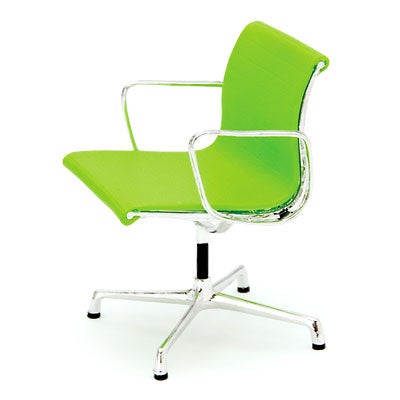 Image of Designer Chairs Miniature – Aluminum Chair Charles and Ray Eames