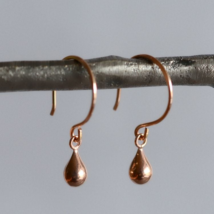 Image of Tiny rose gold drop earrings