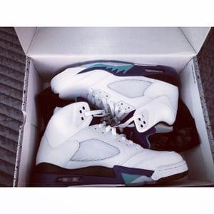 """Image of Jordan 5 """"Grape"""" Size 12 Brand New In Box ships in 2 days"""