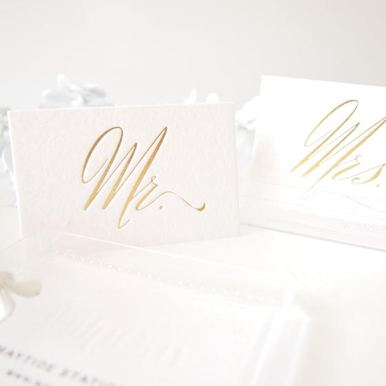 Image of Mr + Mrs Place Card Set - Gold