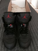 "Image of Jordan 5 ""Raging Bull"" Size 13 VNDS (used) In Box ships in 2 days"