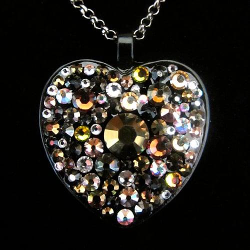 Image of Metal Rocks Bronze Black Heart Pendant
