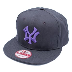 Image of 'WY' New Era 9 Fifty Snapback - Grey/Purple