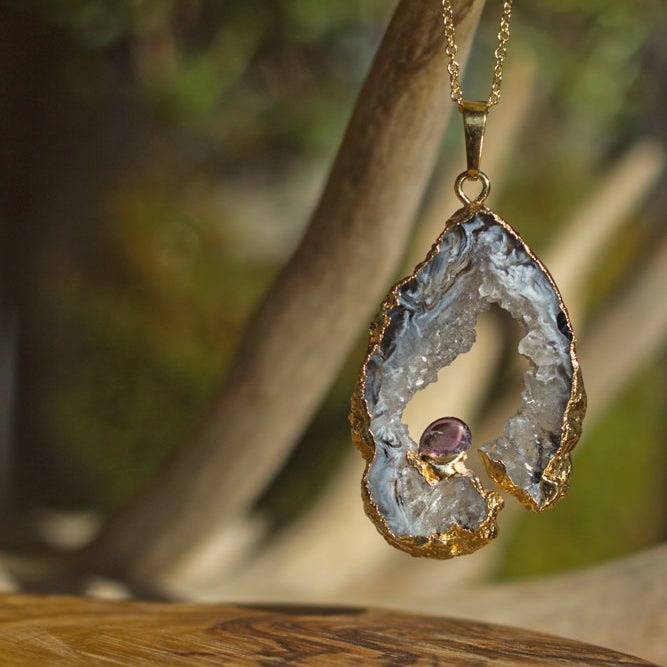 Image of Agate Slice with Amethyst necklace