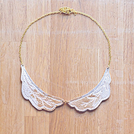 Image of Gold Brushed Feather leather collar cuff