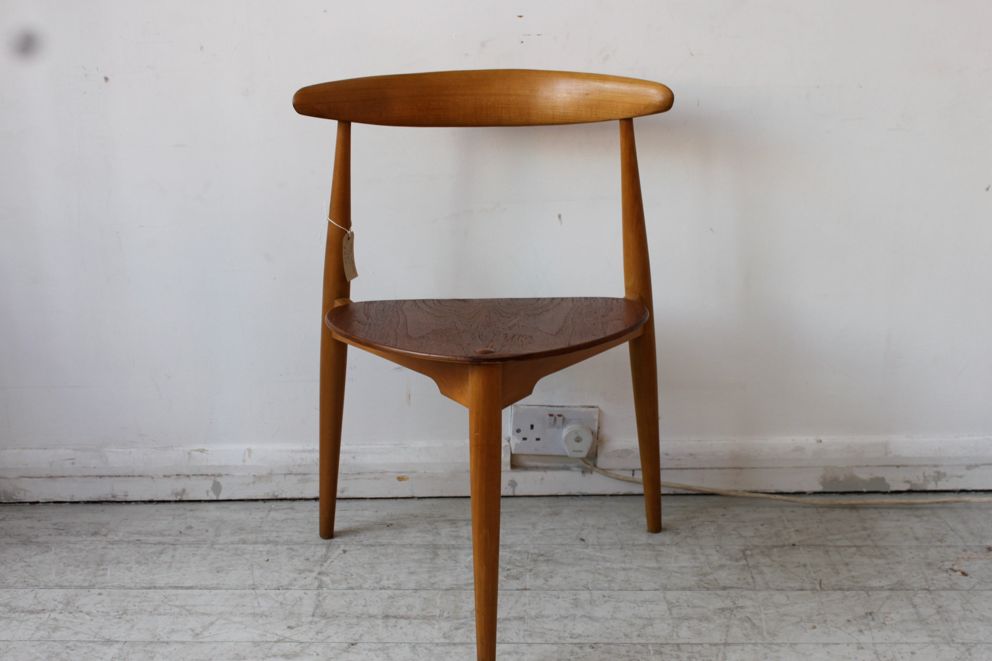 HANS WEGNER HEART CHAIR