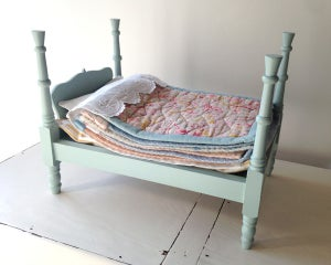 Image of Heirloom 'Princess and the Pea' bed