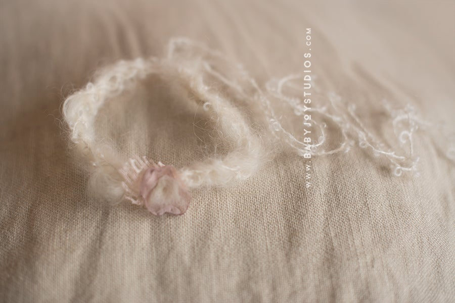 Image of {Bo Peep} newborn headband