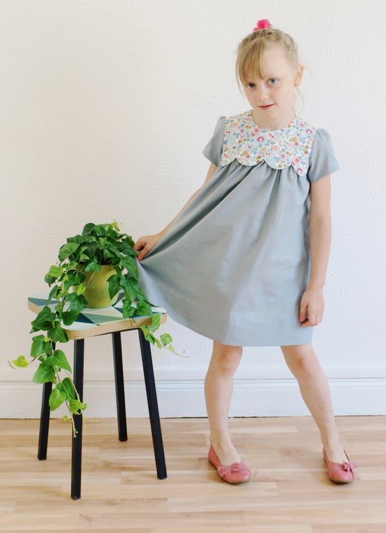 Image of Patron fille robe Coquette