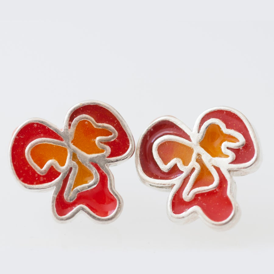 Image of Resinate Flor Studs Earrings- Reds