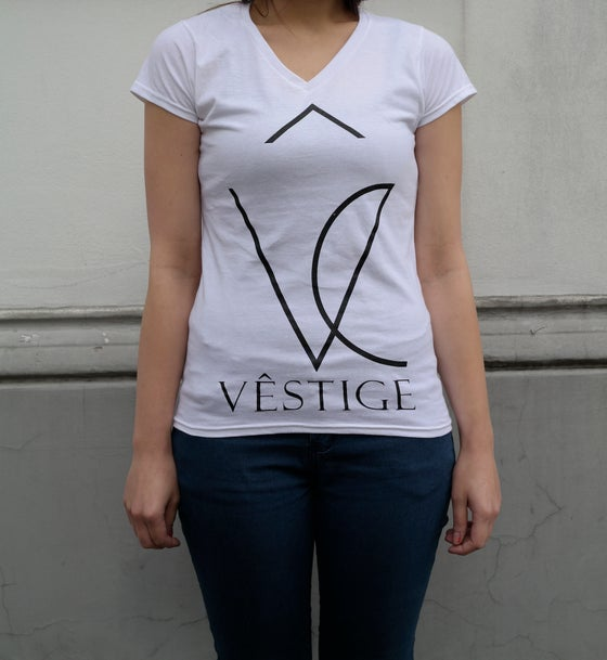 "Image of V-Girly ""Vêstige Logo"" white"