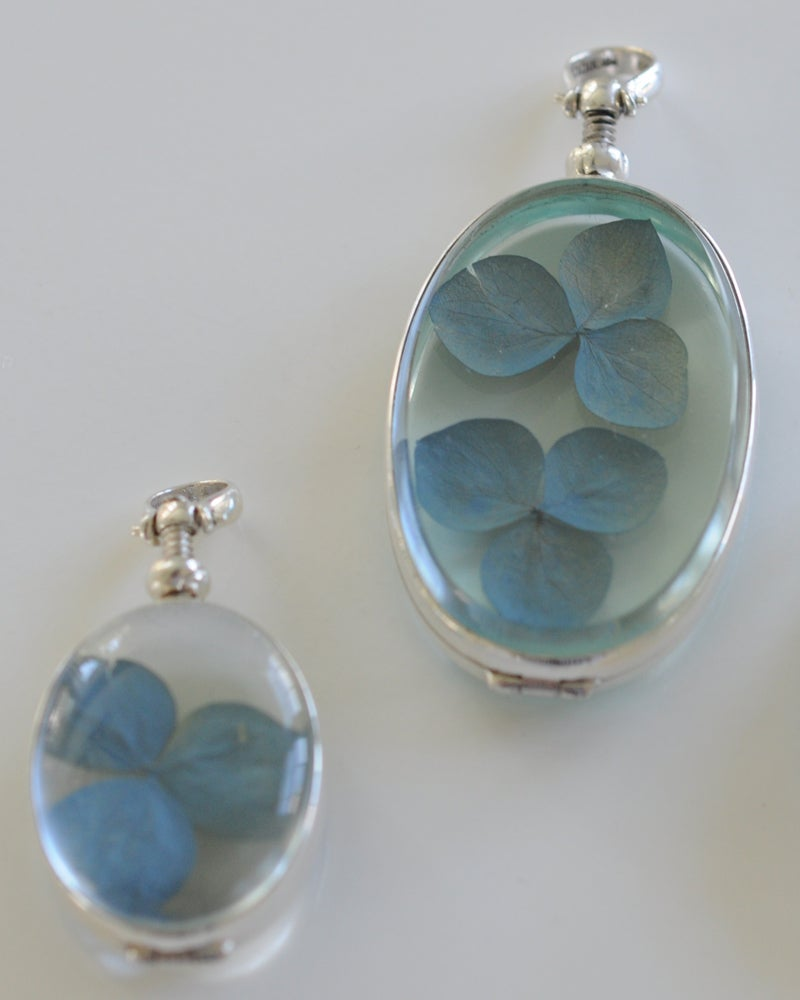 Image of Hydrangea Locket - Large