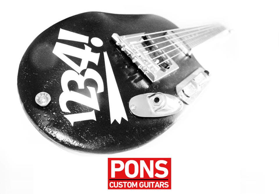 Image of Pons Custom guitar