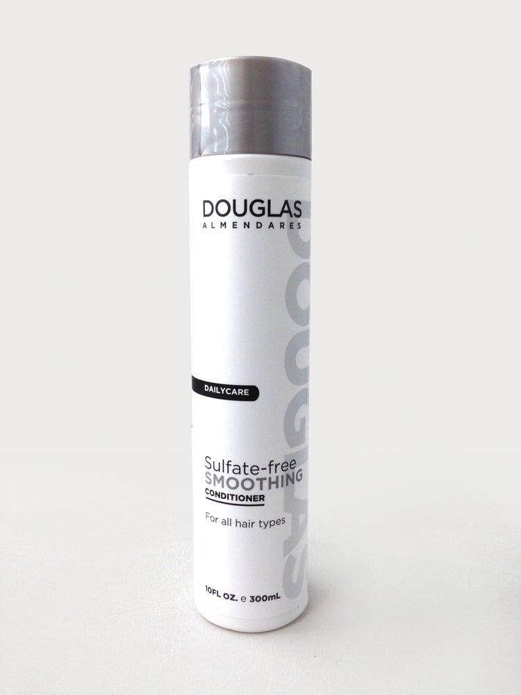 Image of sulfate- free smoothing conditioner