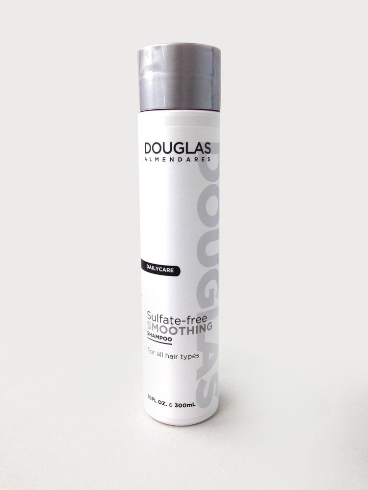 Image of sulfate- free smoothing Shampoo