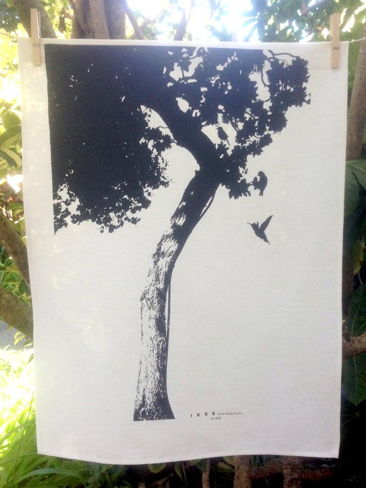 Image of Linen tea towel Big tree lime