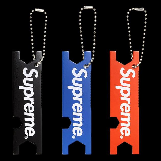 Image of 2009 Metal Botel Opener & Skate Tool Keychain