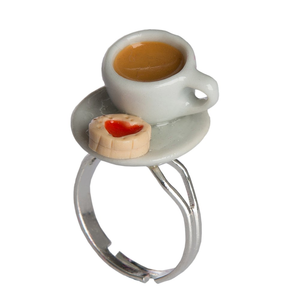 Image of Tea & Jammy Biscuit Ring